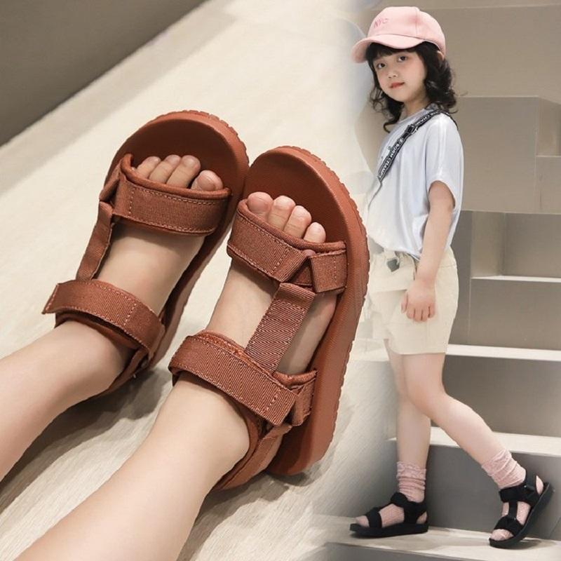 INS-Kind-Mädchen Sandalen 2020 neue Art und Weise der koreanischen Sommer Weit Mädchen bequeme Mesh-Gummi Zehensandale Jungen Schuhe Middler Big Kinder