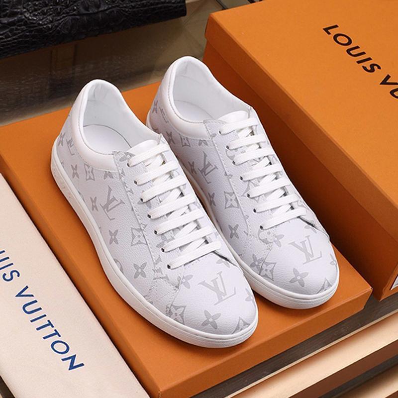 Nuovo Scarpe Uomo dello stilista di arrivo dell'annata Footwears Lussemburgo Sneaker Lace-Up Plus Size casual Scarpe da uomo Scarpe Sportive Da Uomo