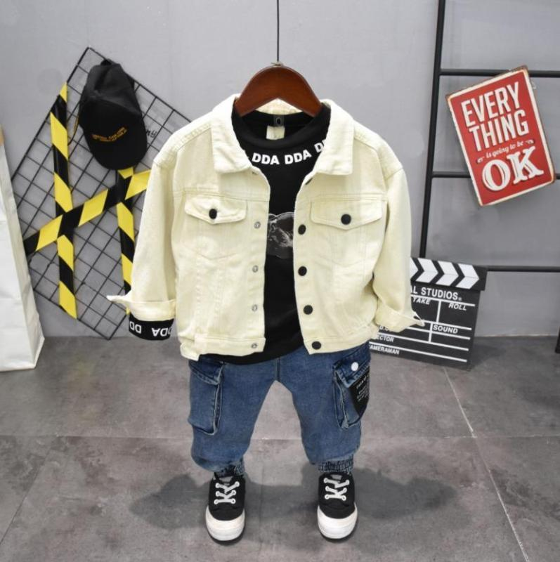Erkek Giyim Çocuk Giyim Çocuk Yeni Boy Giyim erkek Harf Denim ceket + tişört + kot 3PCS Setleri 2-6years ayarlar