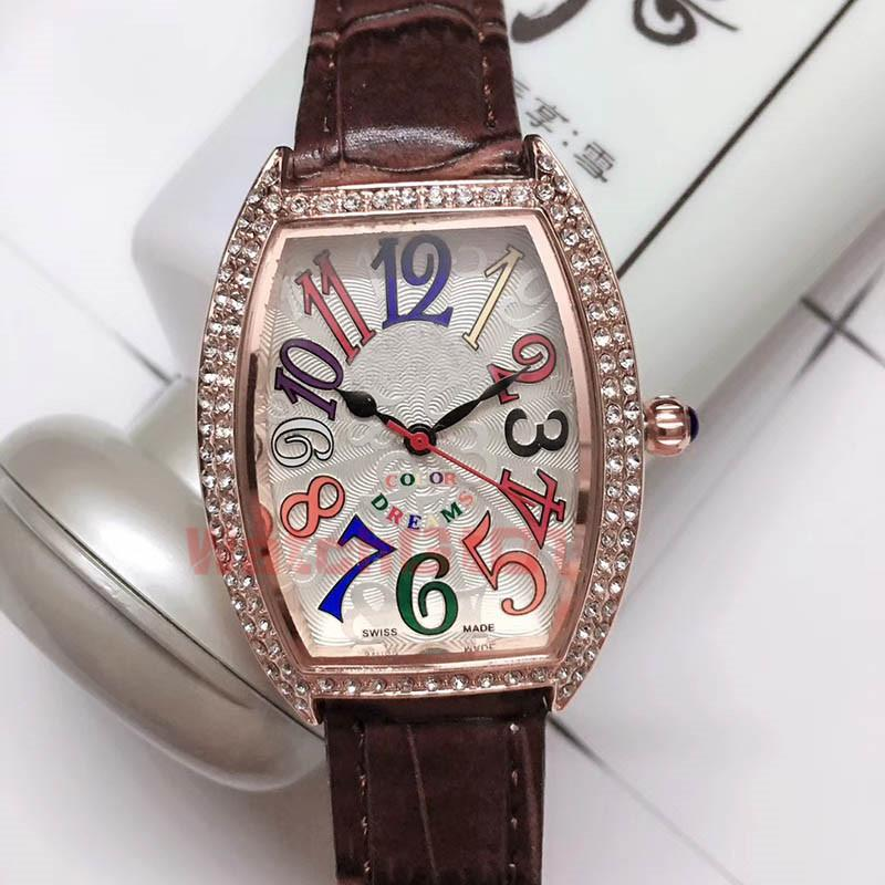 İzle Renkli Rüyalar Dimonds Komple Takvim Quarz Hareketi Luxue Saatler Deri Kayış Kol saatı icedout Womens Severlerin Rose Gold