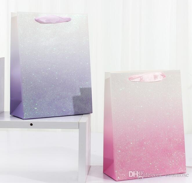 Glitter Emballage Sac en papier Sac cadeau Creative Design Flamant rose Fleur Imprimé Sac cadeau pour les fournitures de fête d'anniversaire de mariage