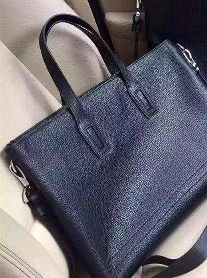 2020 nouvelle mode design classique hommes de luxe sacs à main sacs à main sac Croix-corps en porte-monnaie des hommes en cuir de haute qualité Taille 39 * 30 * 6