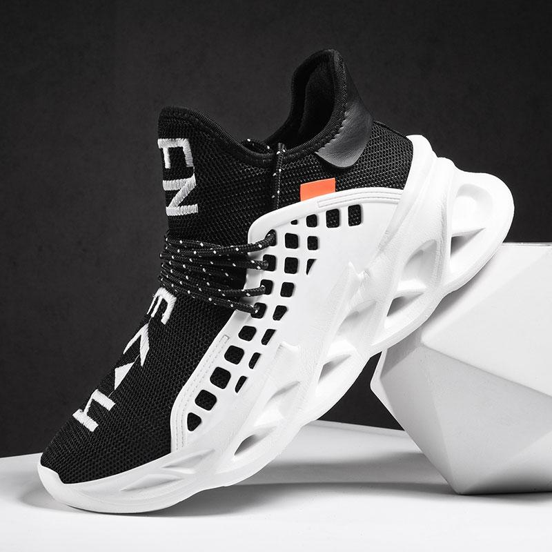 2020 New Super Light Running Homme Chaussures Outdoor Respirant Sport Chaussures Hommes Rembourrage antidérapants Chaussures de marche Mesh Hommes Sneakers