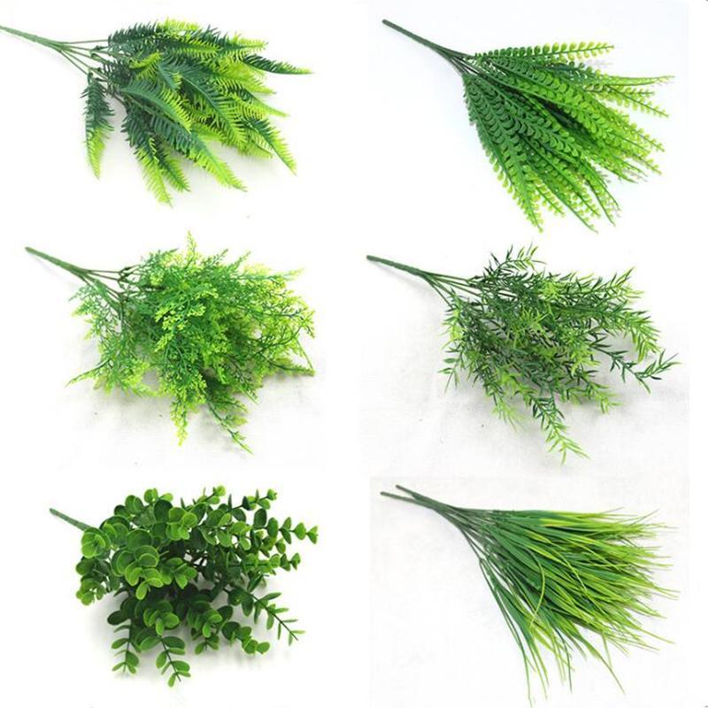 7 Fork / pcs Künstliche Pflanzen Wasser Gras Eucalyptus Kunststoff Grünes Gras Gefälschte Blumen Hochzeit Dekoration Innenministerium-Schreibtisch-Dekor 5pcs / Lot
