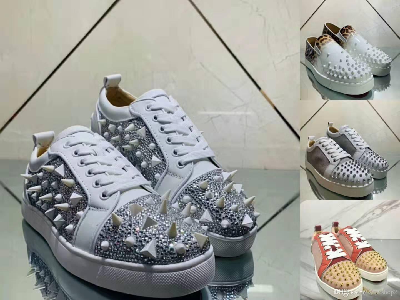 Sıcak Yeni Moda Tasarımcısı Marka Çivili Dikenler Flats Kırmızı Bottoms Ayakkabı Lüks Erkekler Kadınlar Partisi Aşıklar Gerçek Deri Sneakers Boyutu 36-45 Ayakkabılar