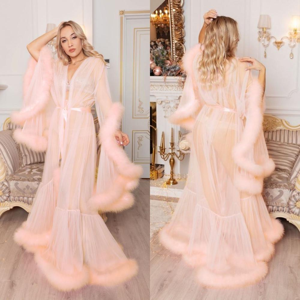 2020 New Women Wraps Sexy Faux Fur Lady Pink Sleepwear Women Winter Bathrobe Sheer Nightgown Floor Length Robe Bridesmaid Shawl