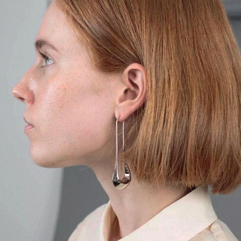 Uzun Bırak Küpe İçin Kadınlar Basit Şık Tasarım Metal Piercing Altın Küpe Bayanlar Sıcak Big Küpe Parti göster Mücevher zPmL #