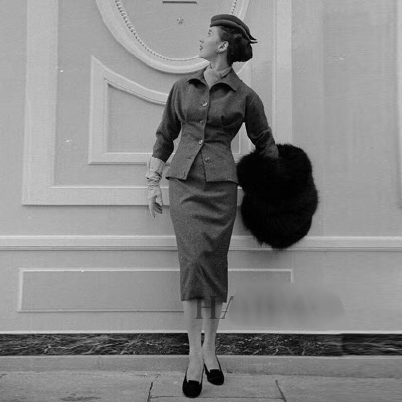 Взлетно-посадочная полоса нового способа высокого качества 2020 Куртка Summer Party на рабочем месте Sexy серый карандаш Половина Юбка Урожай Элегантный шик женщин устанавливает