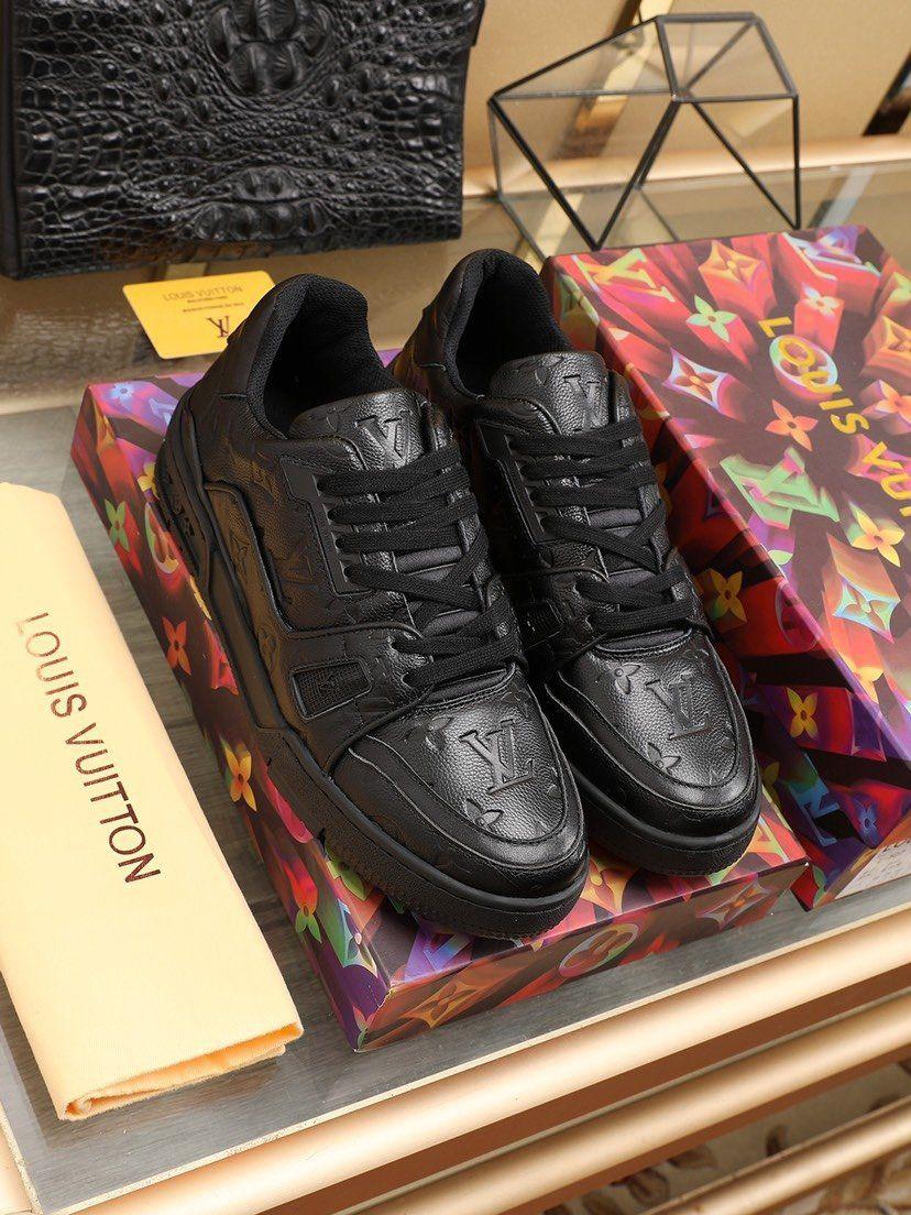 2020 A4 тенденции моды Mens Дизайнерская обувь Кожа Mesh Дышащие Удобная Открытый обувь на шнуровке Повседневный Hiker обувь Мужские кроссовки
