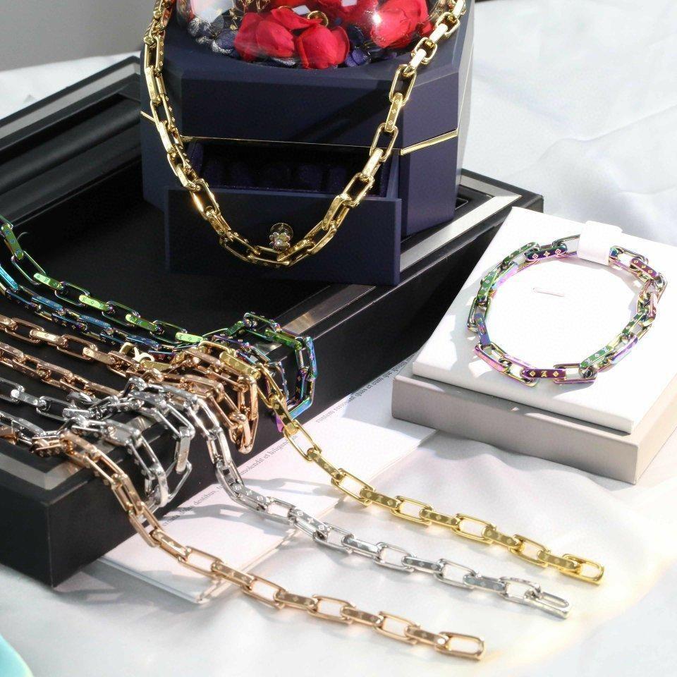 Новый стиль хип-хоп четыре цвета опционально четыре листа цветок ожерелье ювелирных мужчин и женщин нейтральный дикое ожерелье браслет