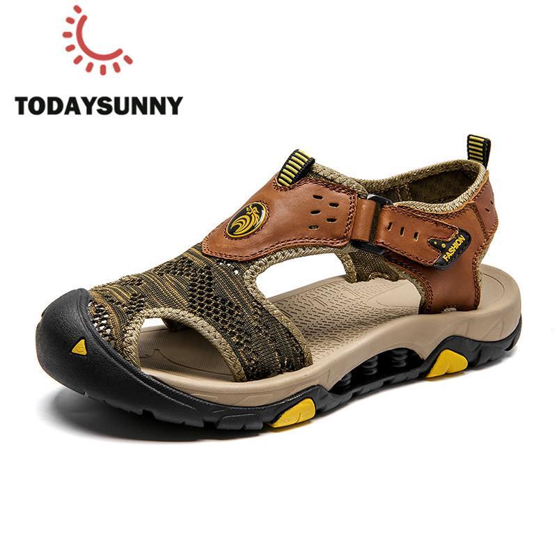 Moda Sandálias do verão Homens couro macio genuíno sandálias de dedo sapatos fechados Big Size 46 Sandalias Hombre Praia impermeáveis Shoes Men