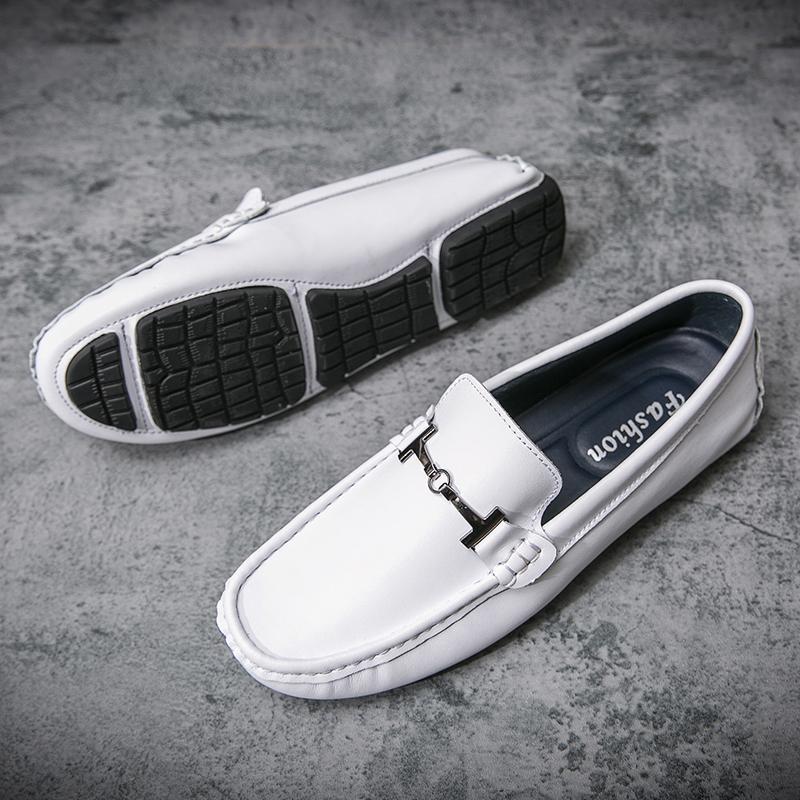 2020 Moda Deri Ayakkabı Erkekler loafer'lar ayakkabı Yüksek Kalite Açık Flats Yetişkin Sürüş On Casual Beyaz Sıcak Satış Kayma