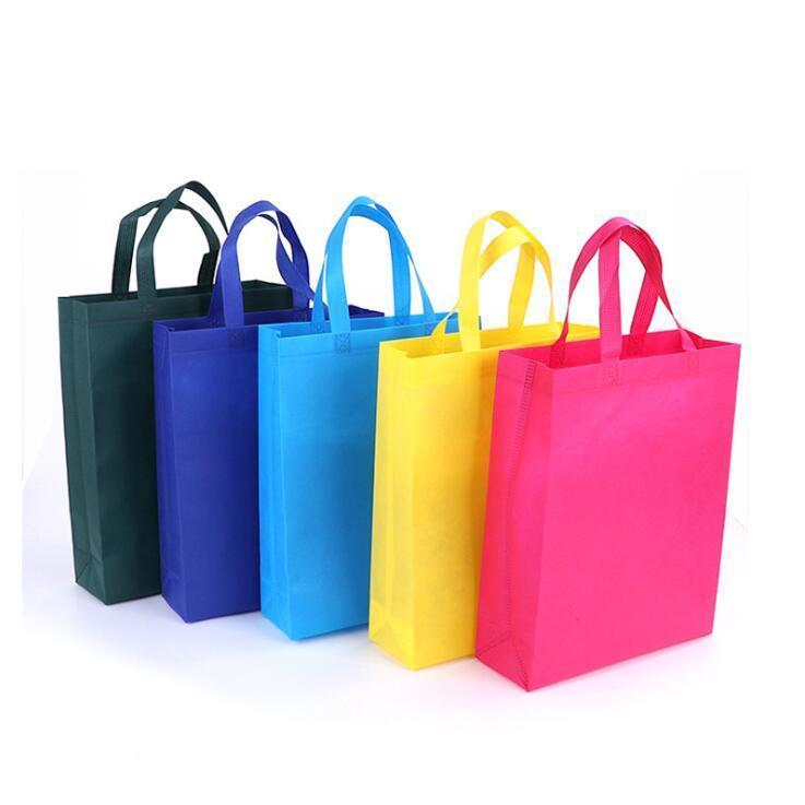 غير المنسوجة التعبئة حقيبة قابلة للطي أكياس التسوق بقالة القماش أكياس قابلة لإعادة الاستخدام صديقة للبيئة حقيبة حزمة مريحة بقالة حزم DHC553