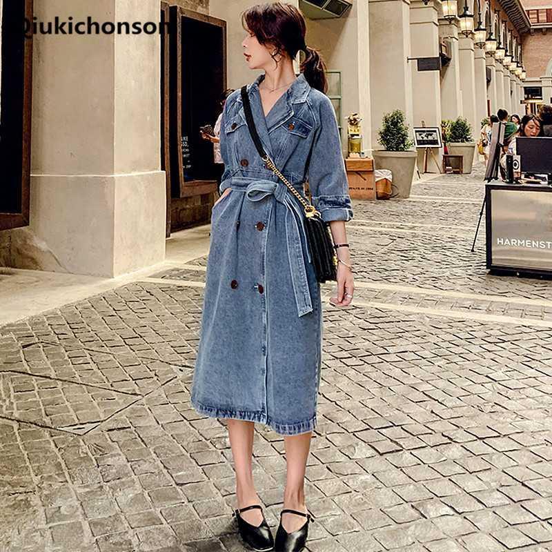 Plus Size longo casaco Ladies Primavera Outono entalhado Vintage Collar trespassado casaco corta-vento Mulheres Belted Tunic Denim