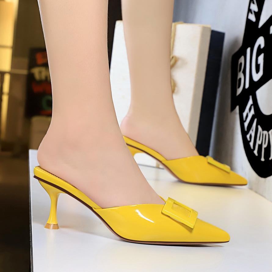 Yaz Kadınlar Seksi Slaytlar Yüksek Kare Blok Topuk Terlik Siyah Sarı Kırmızı Flock Casual Peep Toe Açık Kayma-Lady Sandalet