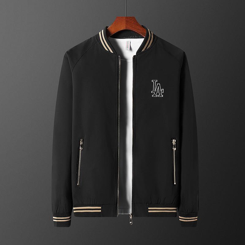 Mens Designer Vestes à capuchon = coupe-vent sport Nouveau Printemps Automne Veste Vêtements décontractés Zipper col imprimé à carreaux Slim Jacket ~ 64