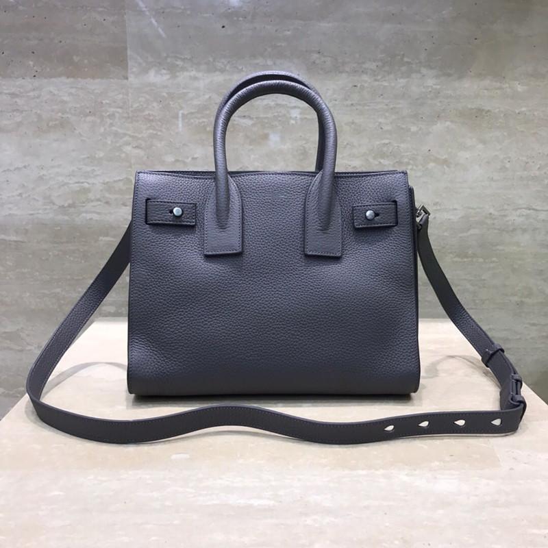 Der Innenraum von 7A High-End-Handtasche mit weichem Styling kann als Handtasche herausgenommen wird, mit Superkapazität! Hohe Größe