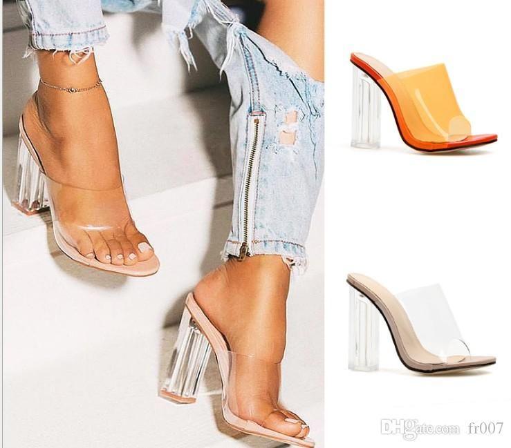 PVC Luxo Sandals Cristal Toed abertos Sexy Fino Salto 11cm Cristal Mulheres sapatos de salto transparente sandálias Bombas