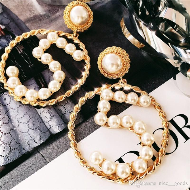 2020SS übertriebene hohle runde Ohrringe Bling Bling Perlen-Frauen baumeln Ohrringe Gold Woven Anzahl Ohrringe