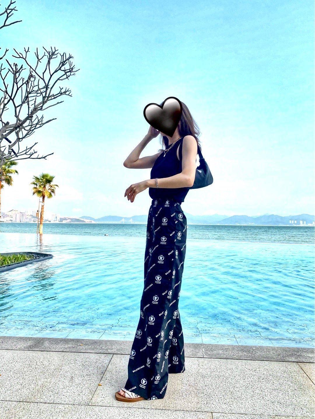 2020 femmes Pantalons Designer Casual Mode en vrac Tissu doux Silky Cool Respirant Entièrement imprimé droites Pantalon large jambe pantalons Dieu