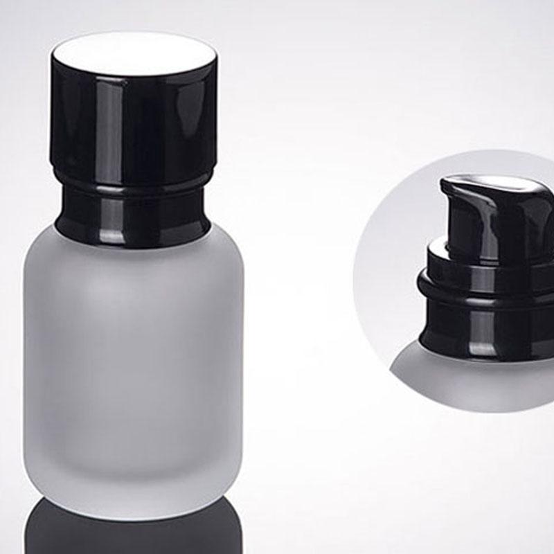 Botella 50ml vidrio esmerilado con Loción Negro Plástico Bomba cosméticos Essence botellas de embalaje