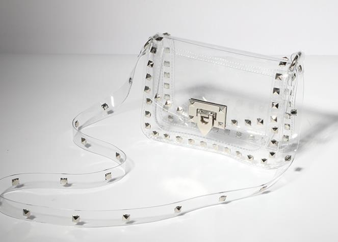 Sac à main 2020 Hot Fashion Jelly Rivet Transparent PVC Portable Diagonale Petite Place Sac