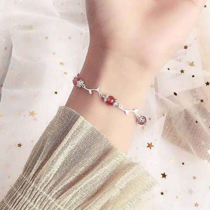 Do ramo da flor de Ouro Morango feminino bracelete de cristal Moonstone Peach Blossom Pulseira de cristal Mori pequeno fresco Girlfriends presente do estudante
