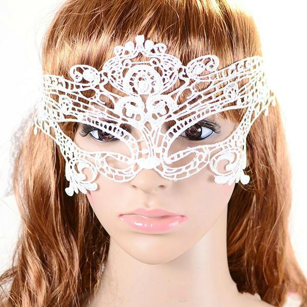 Hot PartHalloween Sexy Masquerade Masks Black White Lace Masks Venetian Half Face Mask For Christmas Cosplay Party Night Club/Ball Eye Masks