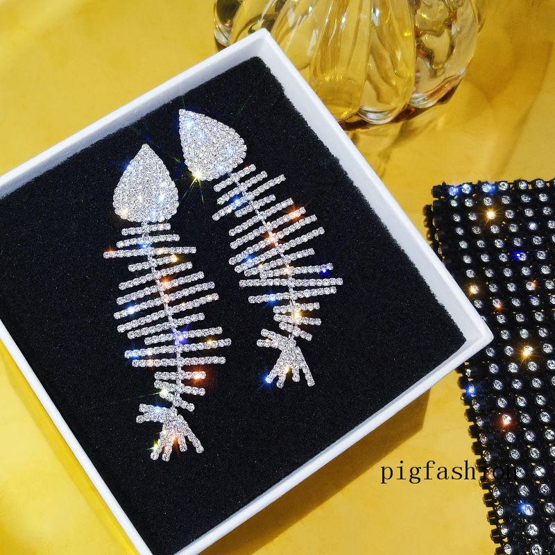 Bom feitos artesanais Forma Forma Brincos Na moda Moda Silver Needle Fashion Crystal Brinco para Lady Birthda Presente