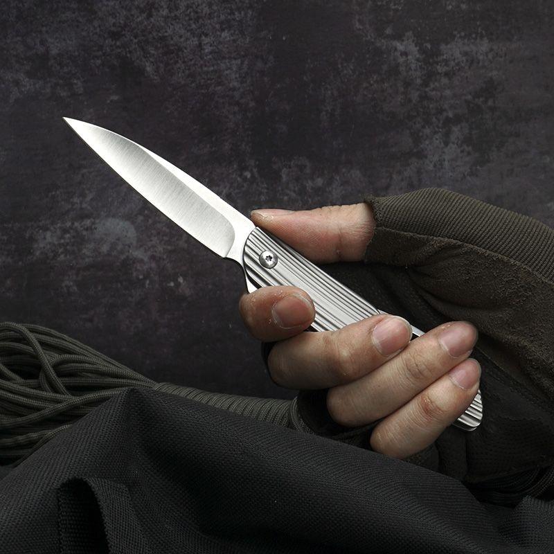 Extérieur CNC couteau pliant en acier Damas Couteaux de chasse Couteau de poche de survie