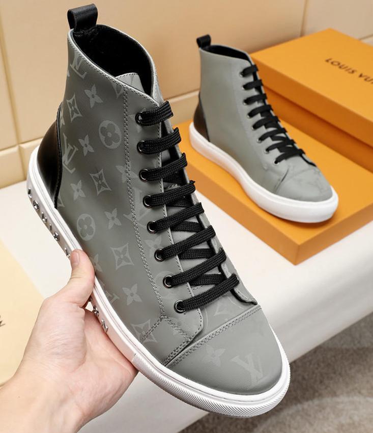 Luxe Chaussures Hommes Bottes Chaussures De Hombre Avec Fashion Box Bottes Chaussures Hommes Bottes Hommes Tattoo Sneaker Boot avec la boîte rapide des navires