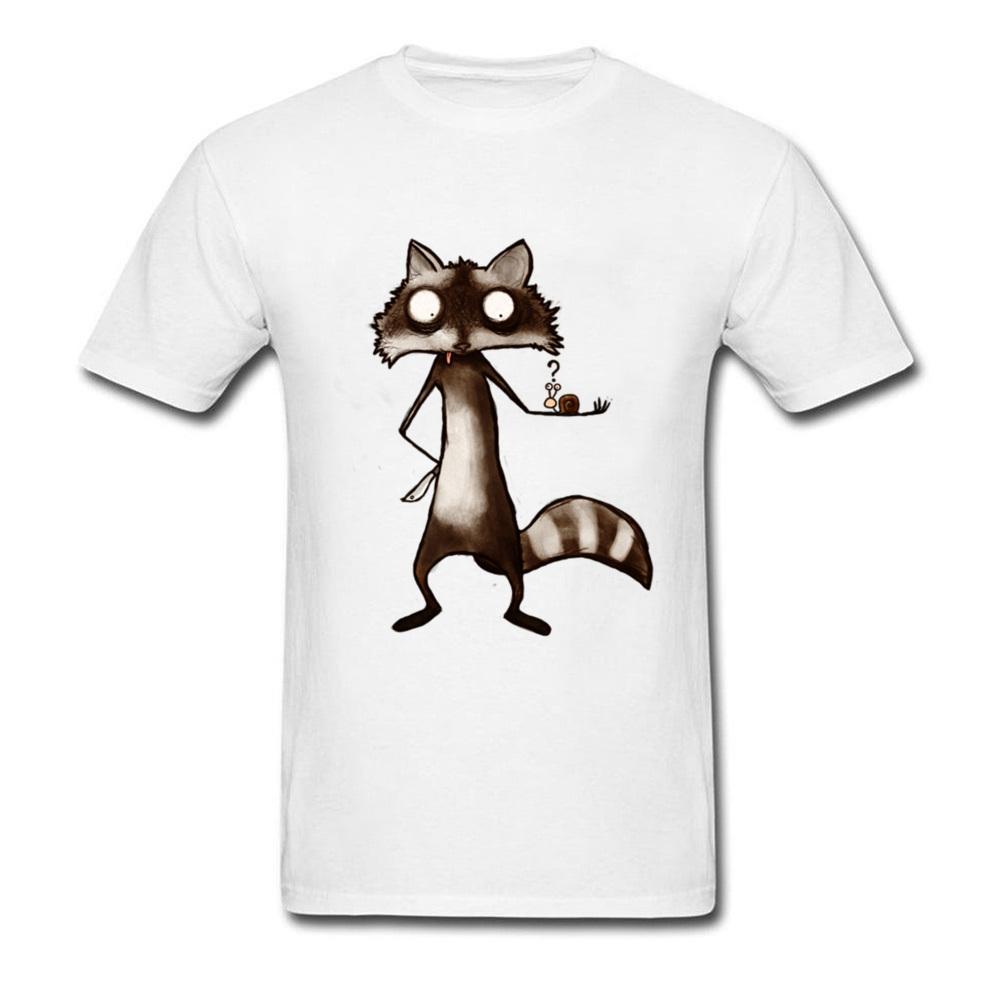 Weißes T-Shirt Waschbär und Schnecke Tops Tees Männer-T-Shirts Lustiger Entwurf T-Shirts Baumwollkleidung Karikatur-Druck-T-Shirt Großhandel