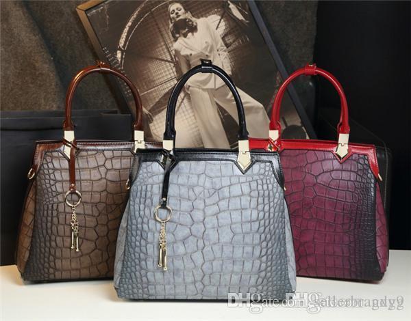 Designer Livraison gratuite seule épaule Femmes Sac de haute qualité de haute qualité Sac femmes Sac à bandoulière unique en cuir véritable de sac