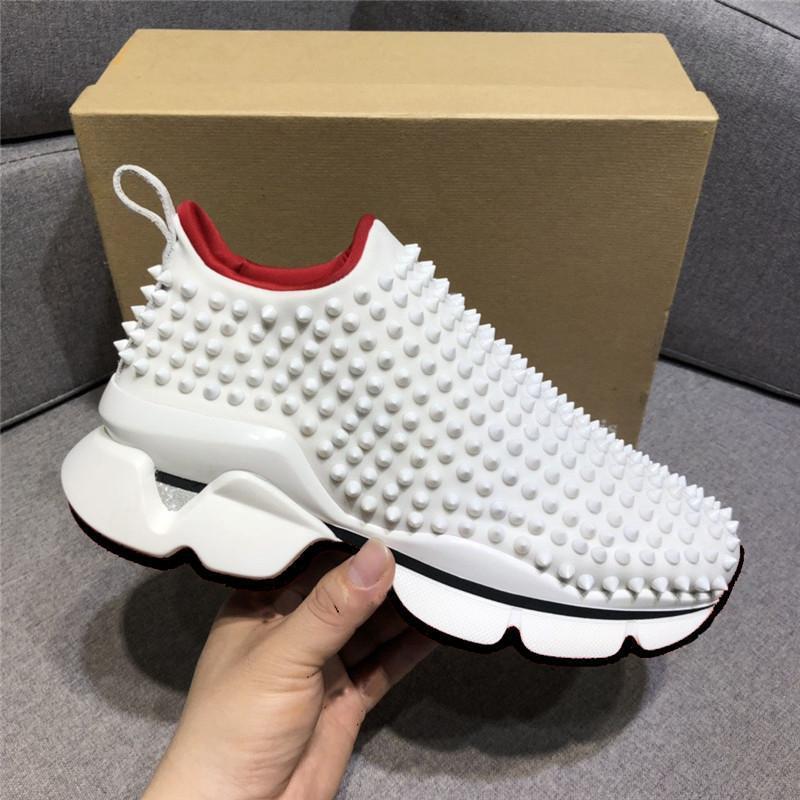 Best Fashion Luxury Red Bottom Männer Frauen beiläufige Schuh-Spikes Nieten Strass-Kleid-Partei-Walking-Schuhe Turnschuhe Chaussures Sport EUR 35-46