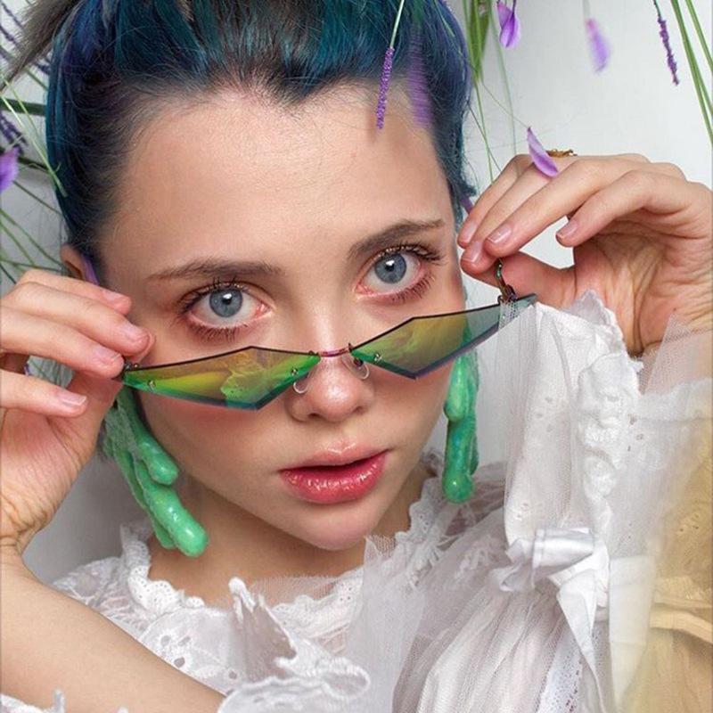 2020 Европейский Cat Eye Солнцезащитные очки Женщины Rimless Vintage Street Style очки Зеркала UV400 очки Правда Фильм объектива Солнцезащитные очки