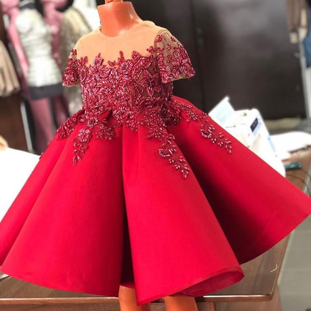 빨간색 파란색 A 라인 꽃의 소녀 드레스 웨딩 쉬어 보석 넥 반팔 유아 선발 대회 가운 새틴 키즈 댄스 파티 드레스