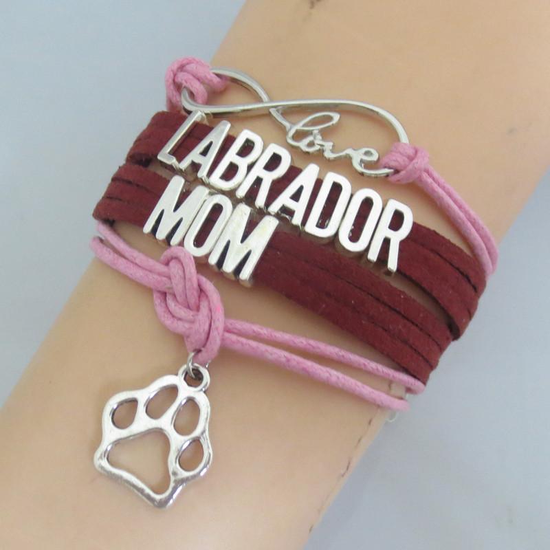 Moda personalizzato Word Labarador mamma con il cane del cucciolo del gatto Paw Print cuoio di fascino fatto a mano del braccialetto del Paw