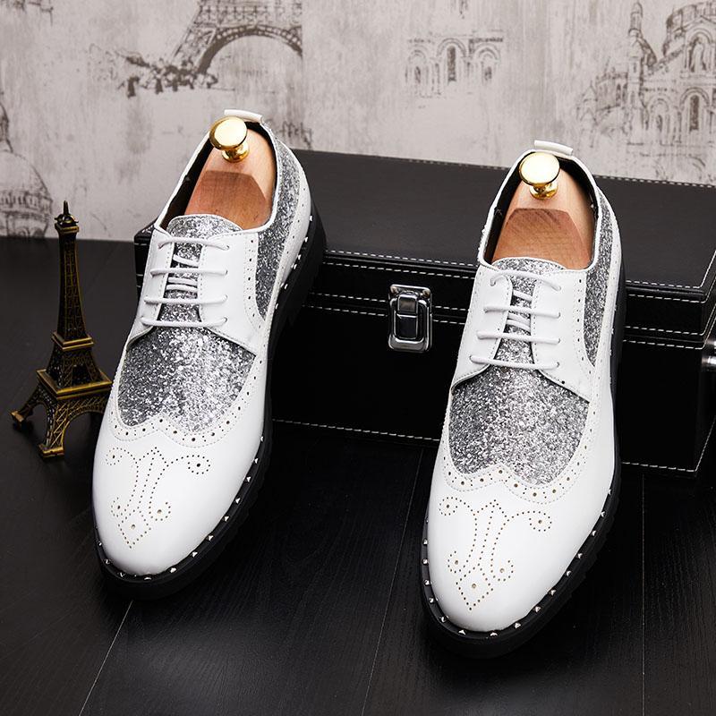 Les richelieus de l'or de la mode hommes Brogue chaussures en cuir formel hommes chaussures de mariage de fête zapatillas en cuir d'affaires hombre
