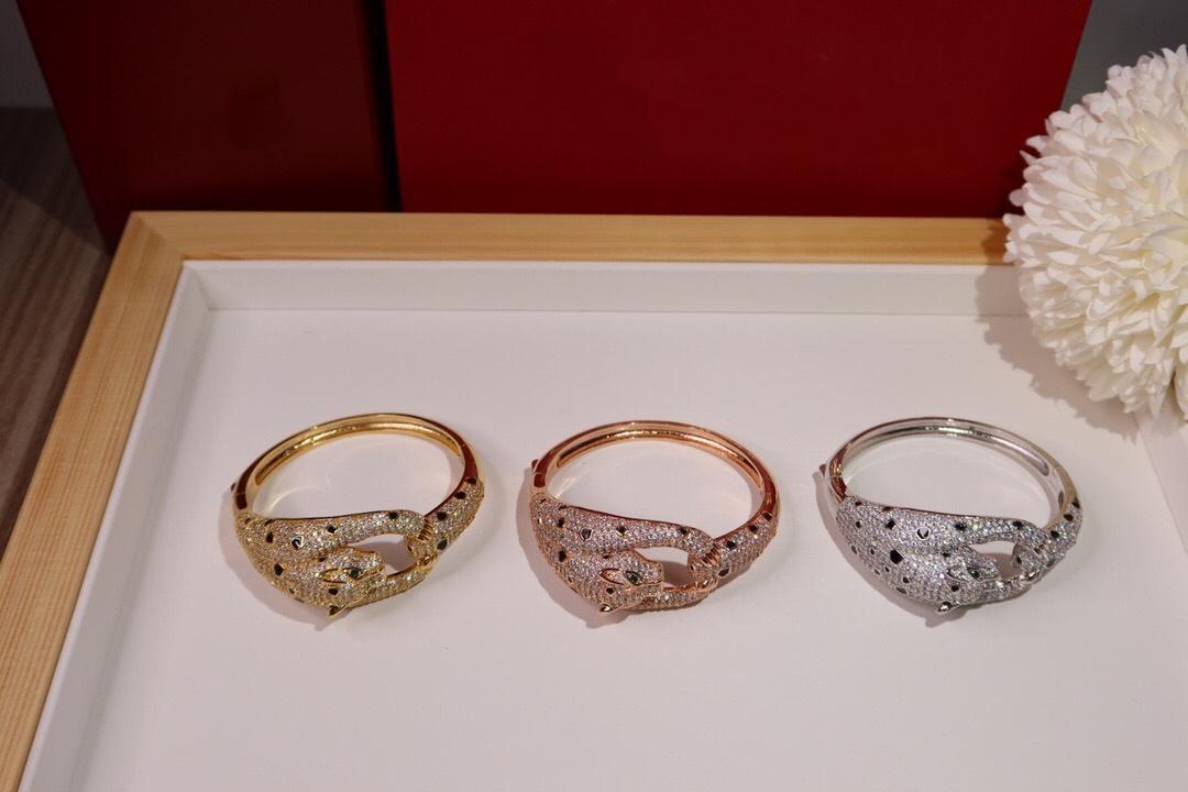 Hot Leopard Fashion Bracelet Dominatrice pleine brique Grand et élégant Tempérament Gold Premium Qualité élégante en or rose