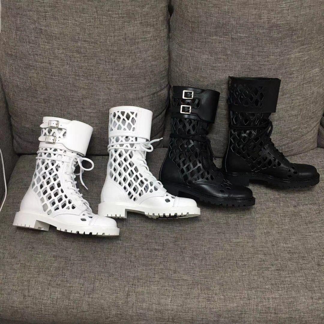 2020ss женщин кроссовки D Trap голеностопного загрузки Двойной клапан с пряжками сеточку вырезанных ботильоны Пешеходные Sneaker Boots моды обувь 3 см каблук