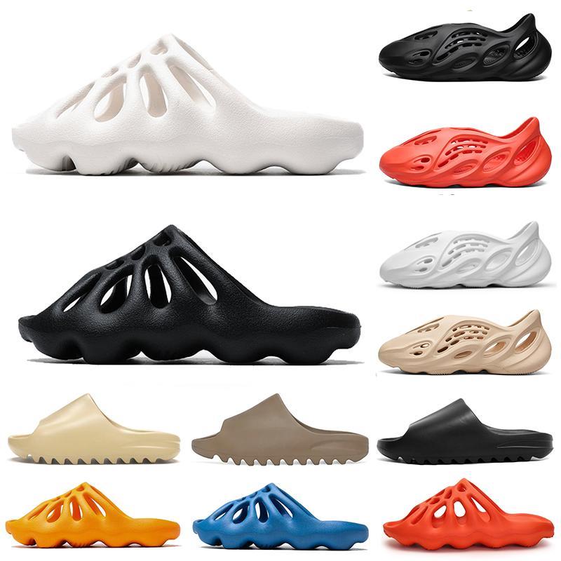 slides Os femmes pas cher Sandal kanye Chaussons coureur mousse sable du désert de résine Plage Les hommes des femmes Slides sandales pantoufle 36-45