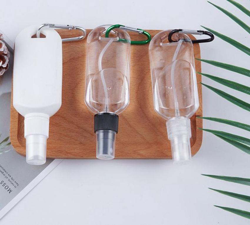 Anahtarlık Kanca Sprey Şişe LJJK2209 ile Şişe Taşınabilir Seyahat Plastik şişeler Yeniden kullanılabilir sabun Tuvalet Sprey kabı boşaltmak 50ml