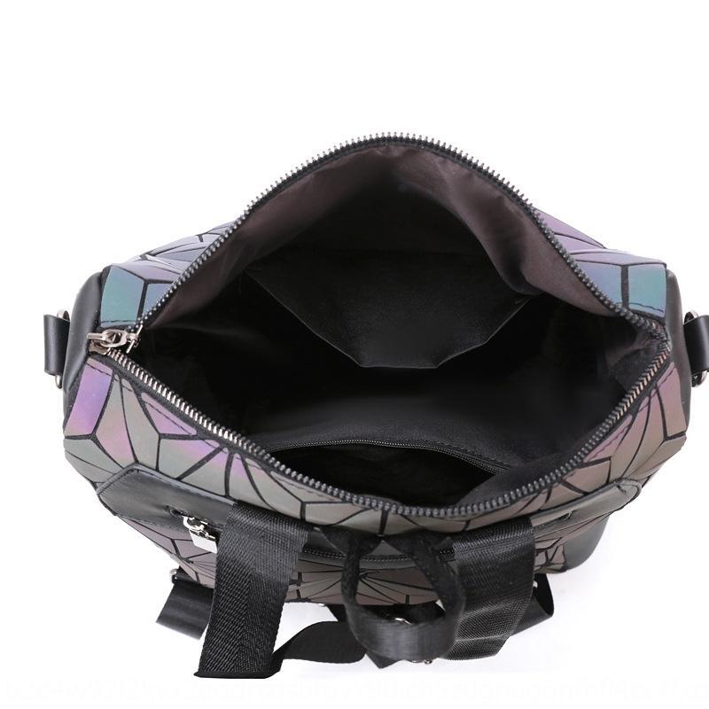 2020 Verano luminoso Viajes nuevo láser geométrica diamante bolsa de viaje bolsa de rombo luminosa de gran capacidad de la mujer de la mochila