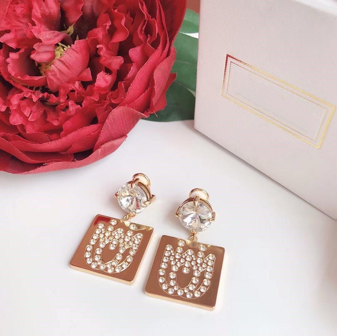 Горячий продавать Взрыв личности Alphabet Алмазные Дизайнерские серьги роскошь дизайнер ювелирных женщин серьги