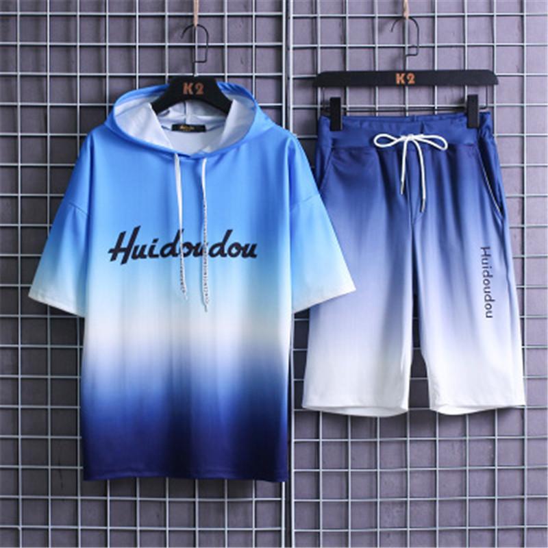 Homem Gradiente Carta Define Moda Versão Coreana manga curta com capuz T-Shirt, Calções, Fatos designer de Nova Masculino soltos 2pcs Casual Suits