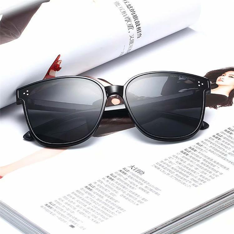 Ausgezeichnete Qualität Fashion Designer-Sonnenbrillen Halbrand Sonnenbrillen der Frauen der Männer Gold Frame Grün G15 Glaslinsen mit Koffer und Box