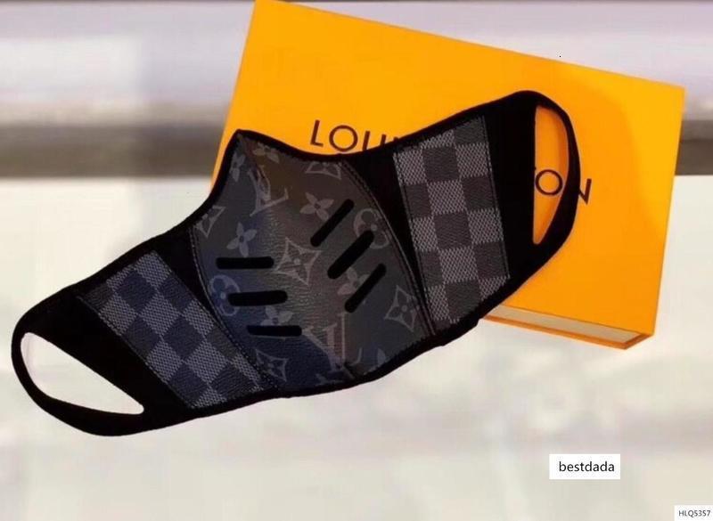 aşıklar deri Yarım Yüz Ünlü tasarımcı çanta Bayanlar çanta Moda çantası womens Maske ve erkek çantalar sırt çantası boyutu S M ücretsiz kutu alışveriş