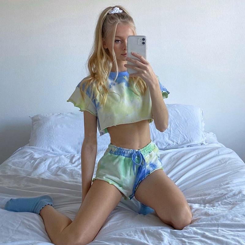 Tie Dye Womens Fatos Curto Tops Shorts Designer manga curta com capuz Com Shorts Streetwear das mulheres Define Ruffle