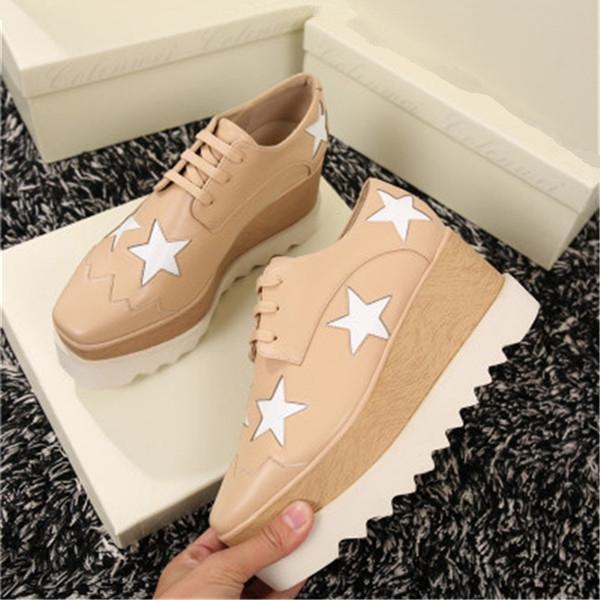 Neu High Top Sneakers Frühling / Herbst atmungsaktive Leder-Schuhe für Frauen bequeme im Freien Mann flacher beiläufige mit Staubbeutel uz07