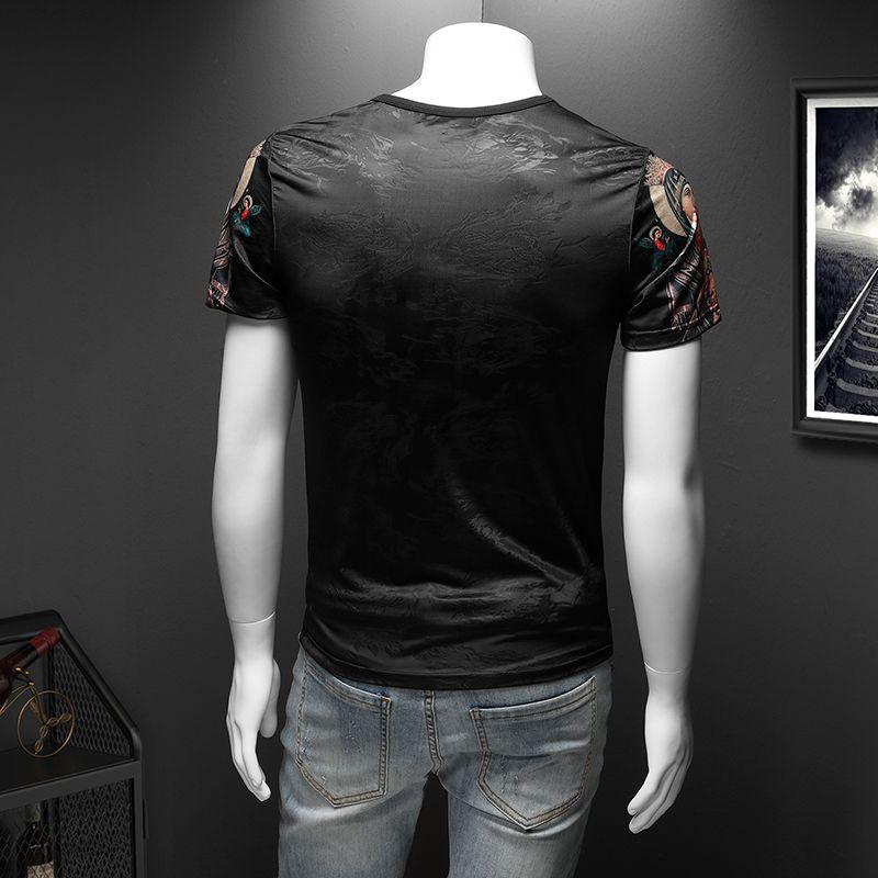 Beni da estate Silk European Bottoming Torching Short-Shirt T-shirt T-shirt T-shirt da uomo Trendy 2021 Sequin a semi-manica Sequin New Slim PSWFL
